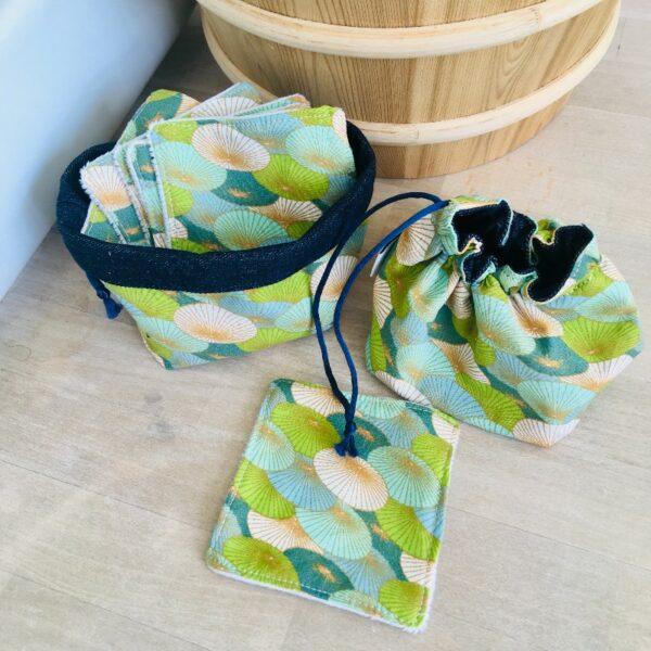 Kit carrés démaquillants et panière bourse ombrelles vertes