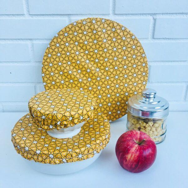 Couvercles alimentaires lavables trois tailles étoiles jaune safran